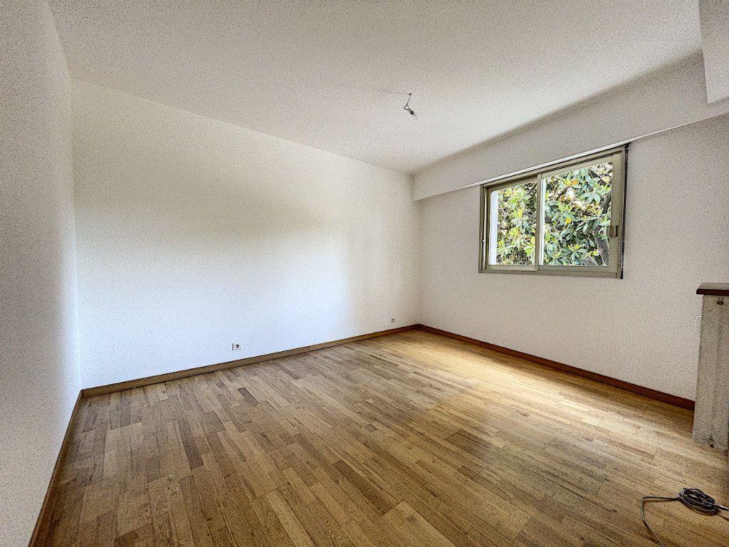 Appartement à vendre 3 83.45m2 à Cagnes-sur-Mer vignette-4