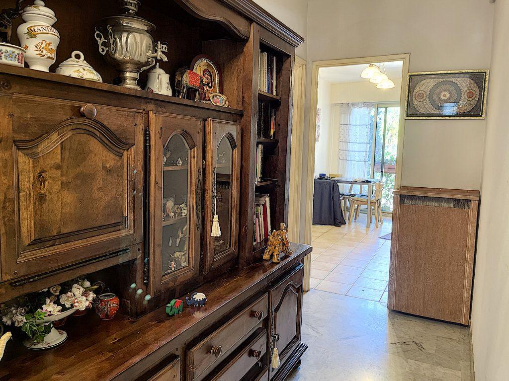 Appartement à vendre 3 83.45m2 à Cagnes-sur-Mer vignette-6