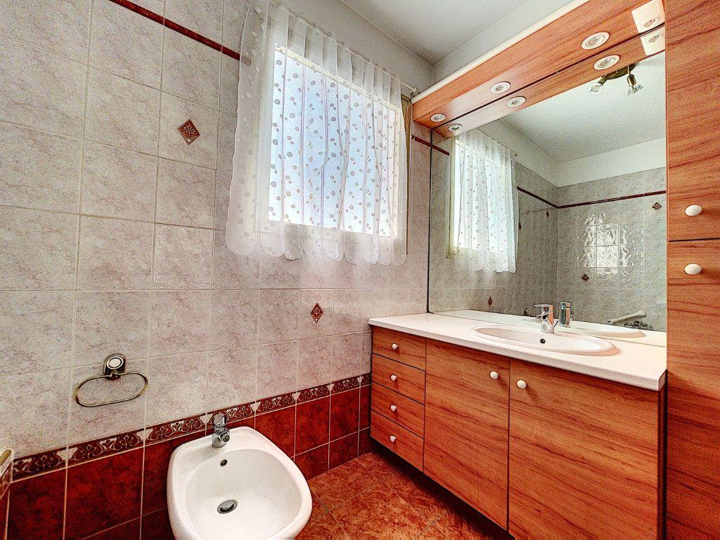 Appartement à vendre 3 83.45m2 à Cagnes-sur-Mer vignette-8