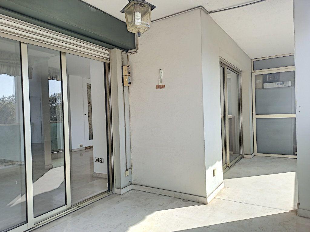 Appartement à vendre 4 89.79m2 à Cagnes-sur-Mer vignette-2
