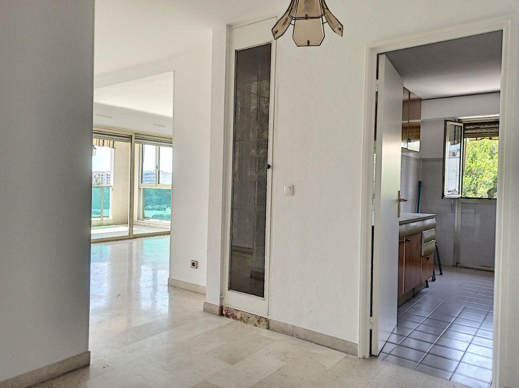 Appartement à vendre 4 89.79m2 à Cagnes-sur-Mer vignette-5