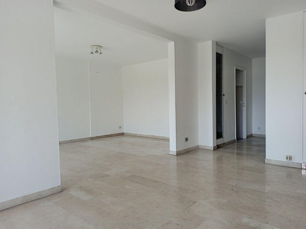 Appartement à vendre 4 89.79m2 à Cagnes-sur-Mer vignette-9