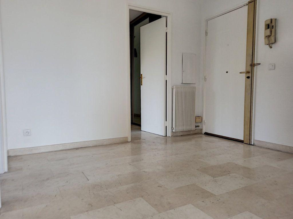 Appartement à vendre 4 89.79m2 à Cagnes-sur-Mer vignette-10