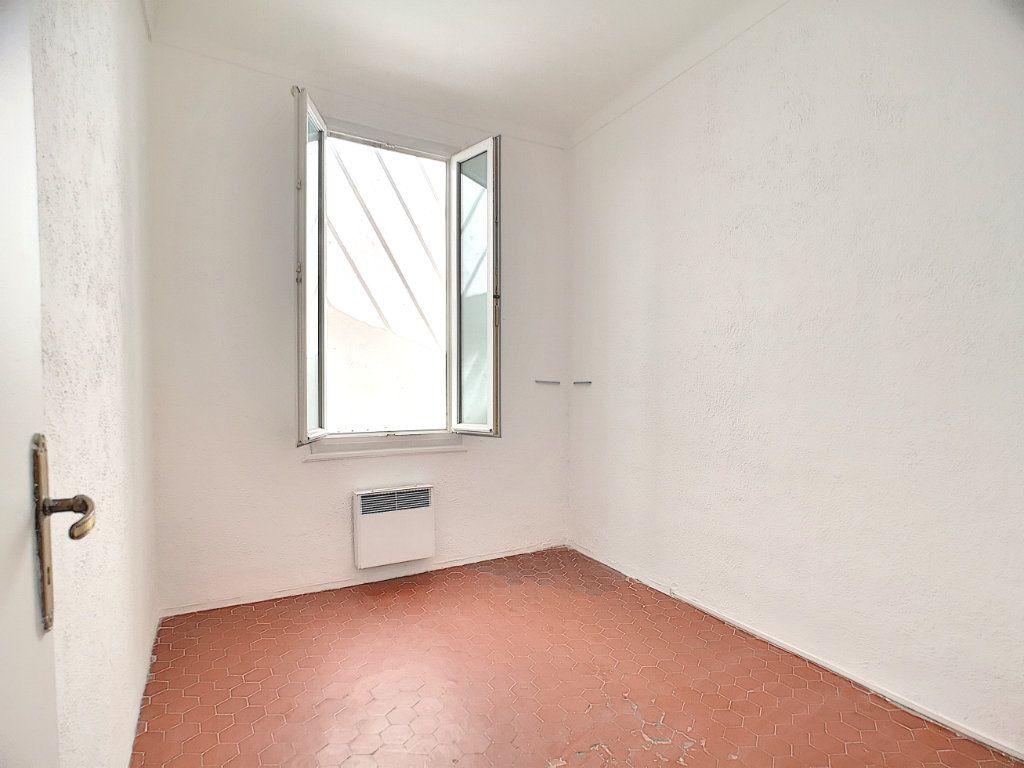 Appartement à vendre 3 60.05m2 à Villeneuve-Loubet vignette-4