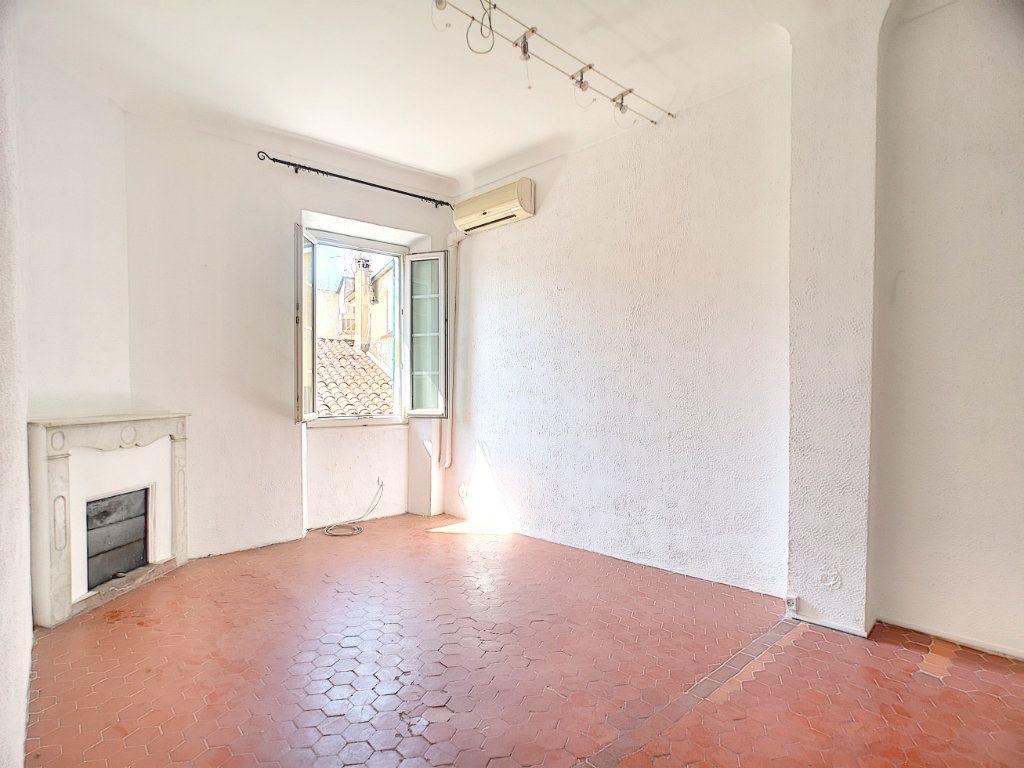 Appartement à vendre 3 60.05m2 à Villeneuve-Loubet vignette-5