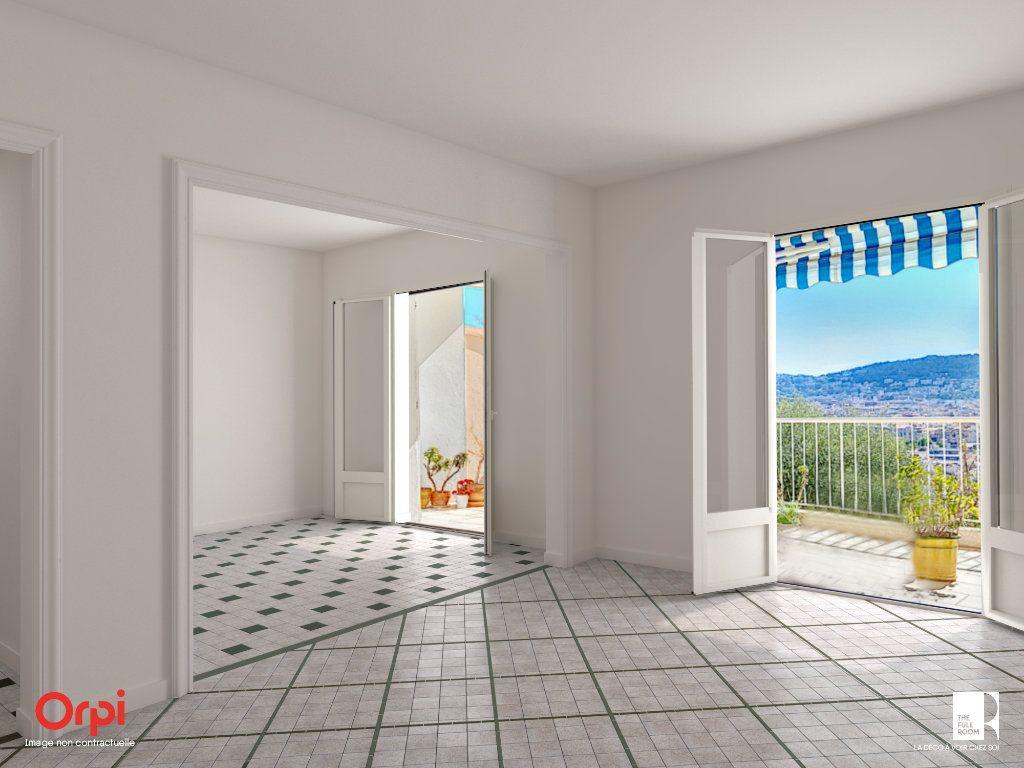 Appartement à vendre 6 105.23m2 à Nice vignette-1