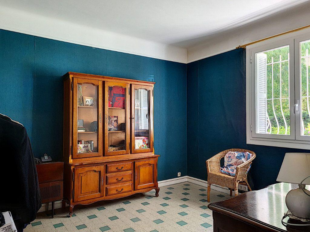 Appartement à vendre 6 105.23m2 à Nice vignette-9
