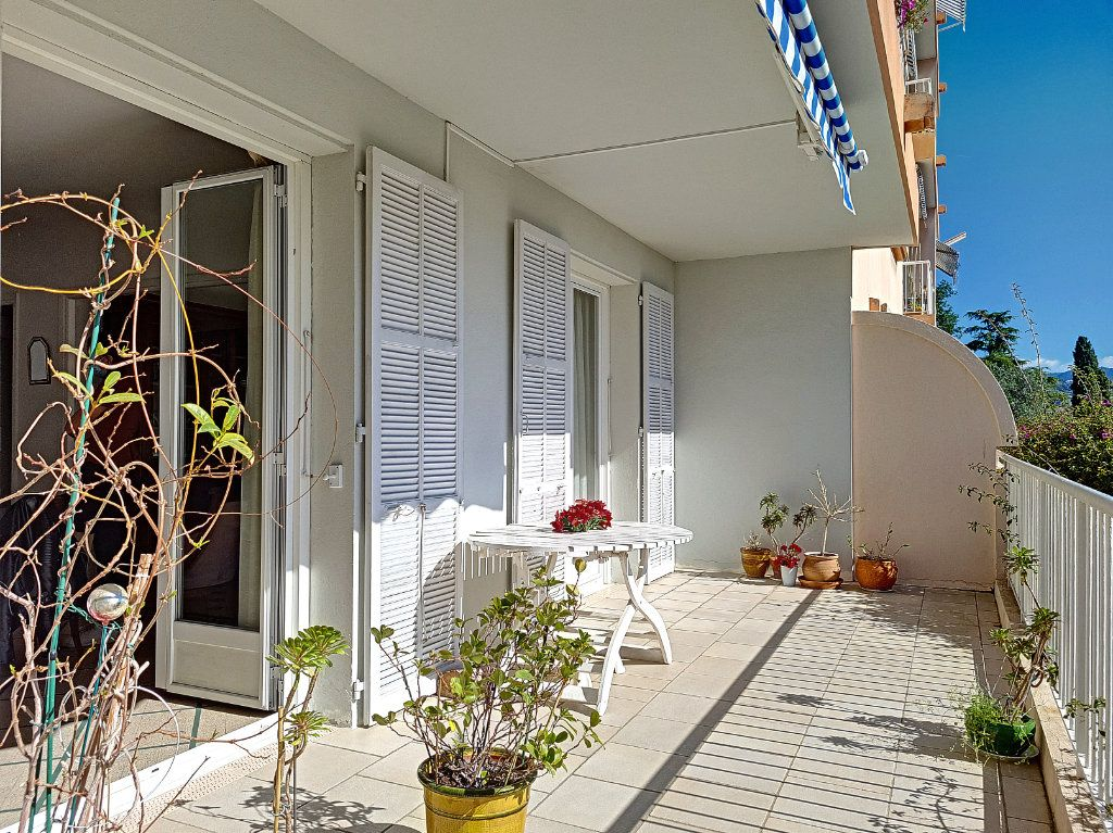 Appartement à vendre 6 105.23m2 à Nice vignette-12
