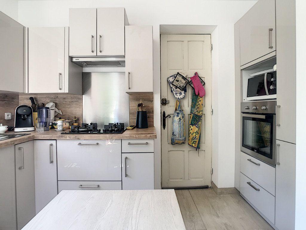 Maison à vendre 5 100m2 à Villeneuve-Loubet vignette-4