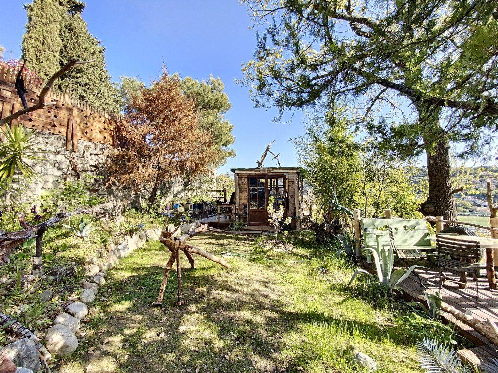 Maison à vendre 9 220m2 à Cagnes-sur-Mer vignette-8
