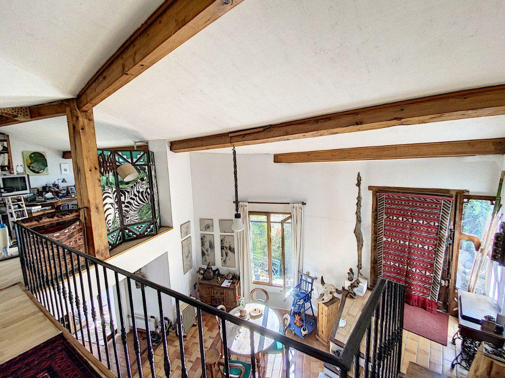 Maison à vendre 9 220m2 à Cagnes-sur-Mer vignette-13