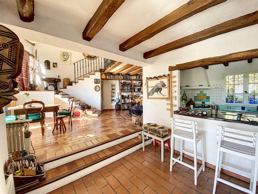 Maison à vendre 9 220m2 à Cagnes-sur-Mer vignette-15