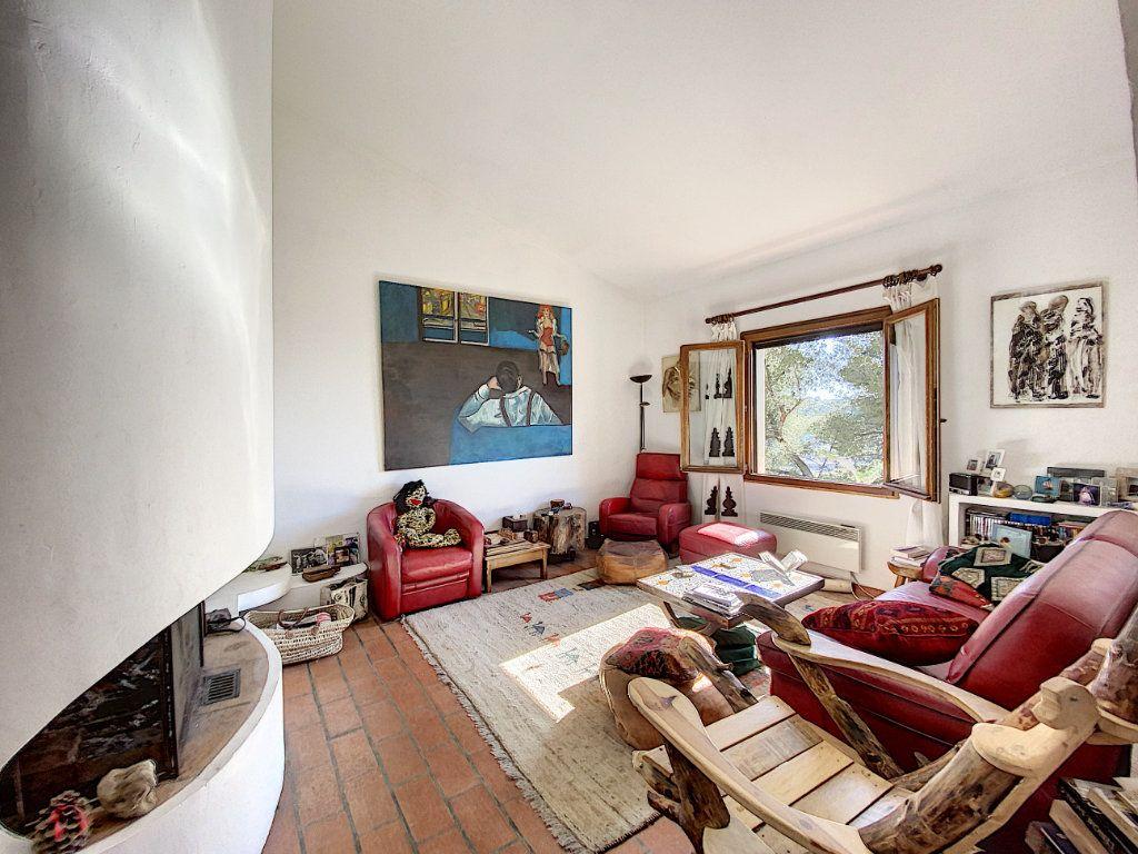 Maison à vendre 9 220m2 à Cagnes-sur-Mer vignette-17