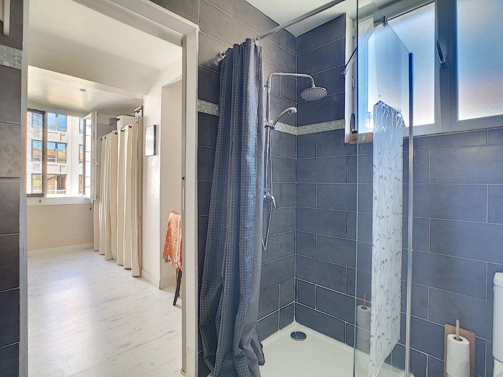 Appartement à vendre 2 45m2 à Cannes vignette-9