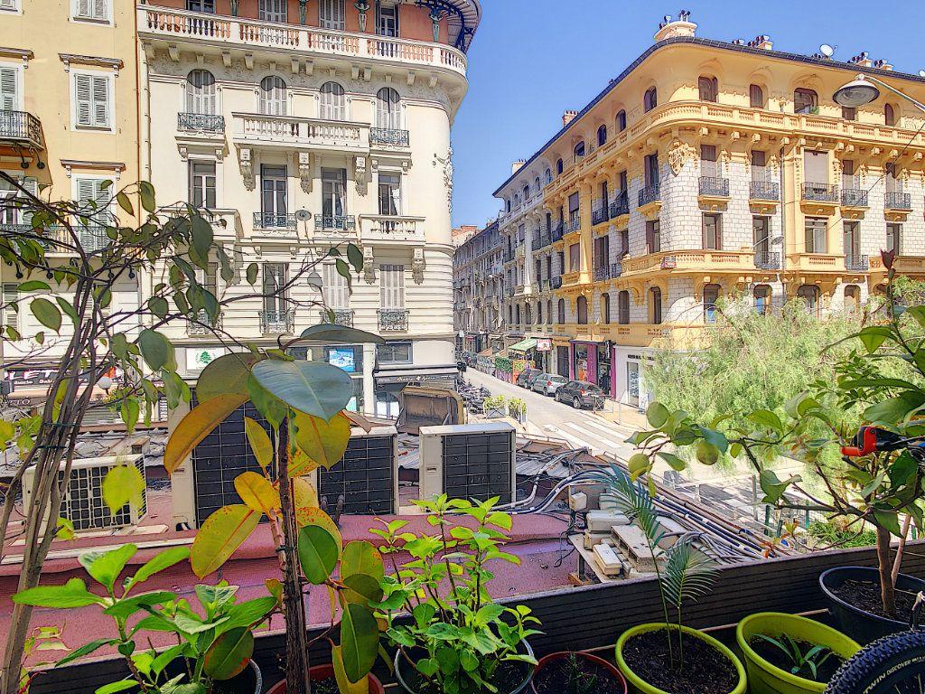 Appartement à vendre 2 43m2 à Nice vignette-2