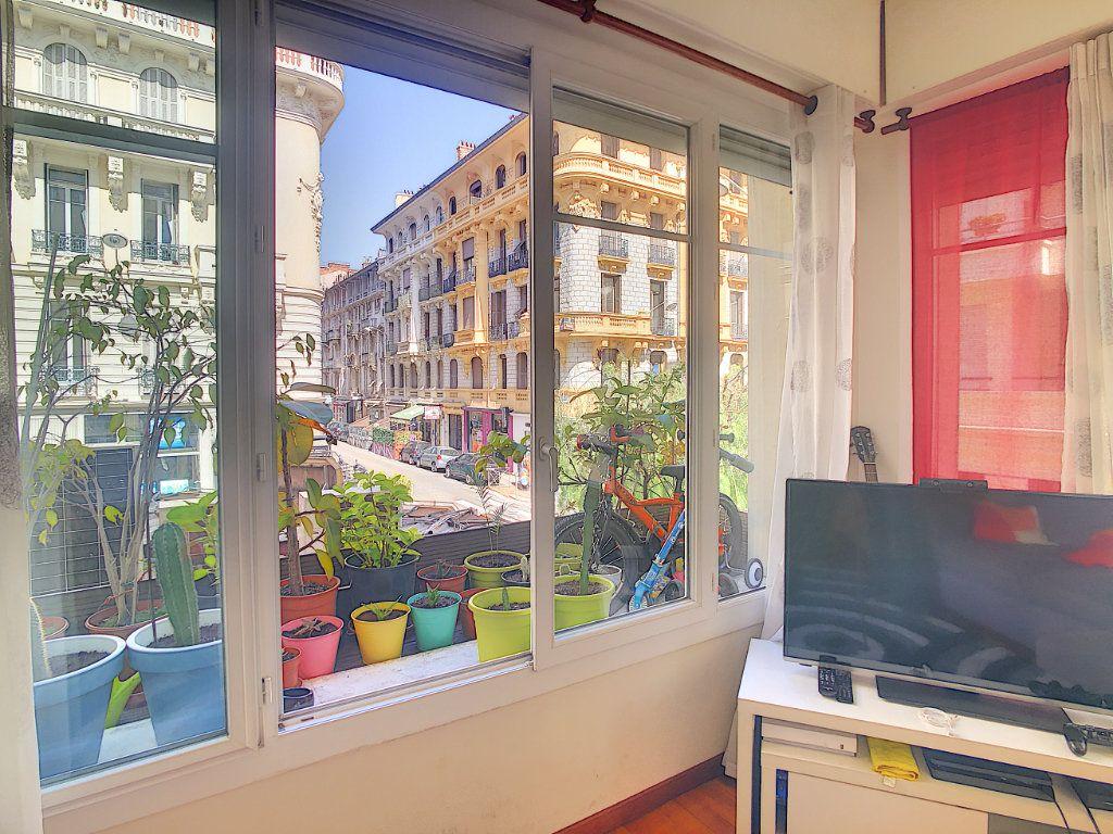 Appartement à vendre 2 43m2 à Nice vignette-4
