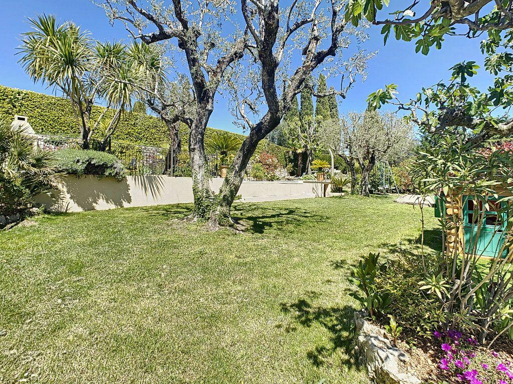 Maison à vendre 6 131.52m2 à Tourrettes-sur-Loup vignette-5