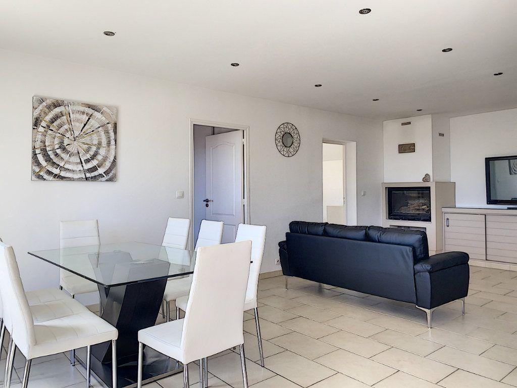 Maison à vendre 6 131.52m2 à Tourrettes-sur-Loup vignette-9
