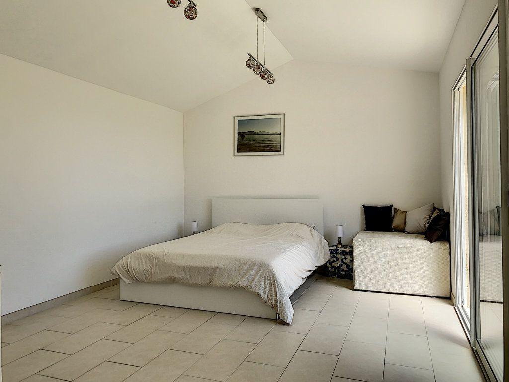 Maison à vendre 6 131.52m2 à Tourrettes-sur-Loup vignette-14