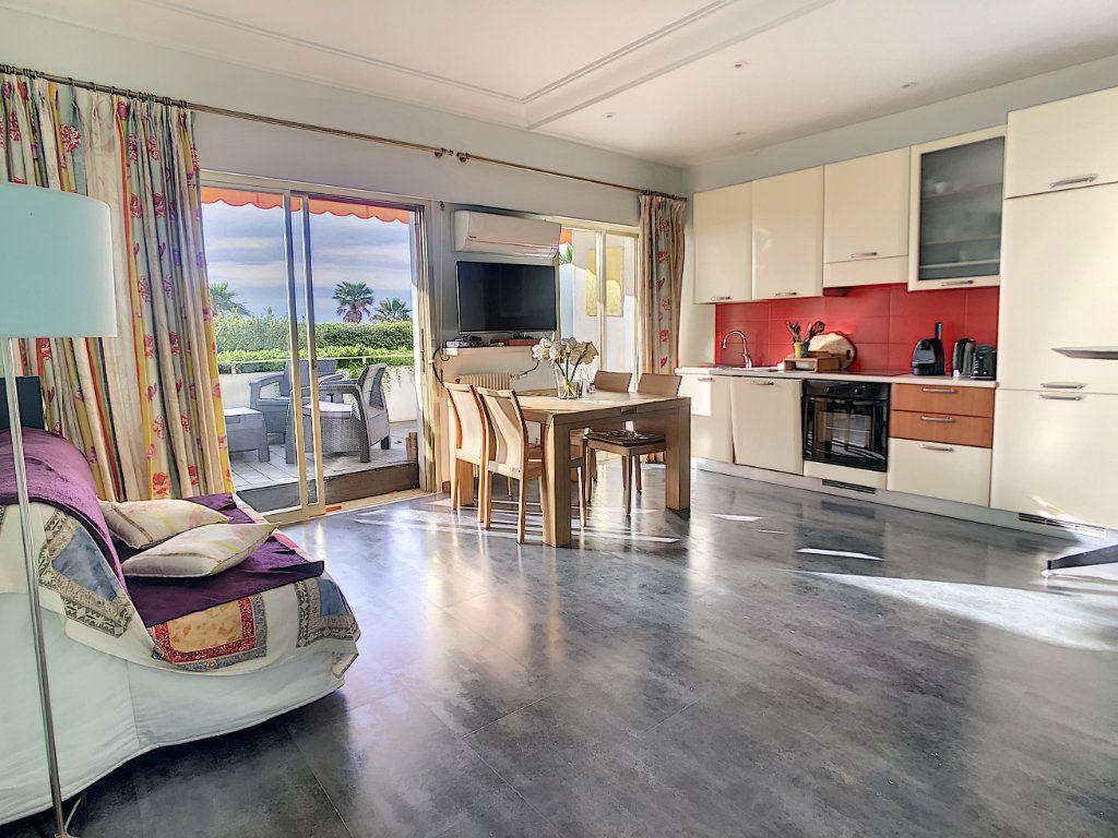Appartement à vendre 1 34.32m2 à Villeneuve-Loubet vignette-5