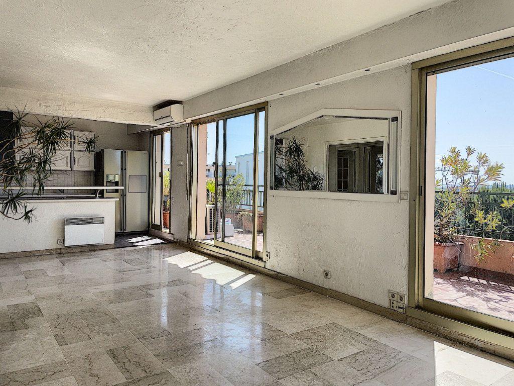Appartement à vendre 4 91m2 à Cagnes-sur-Mer vignette-5
