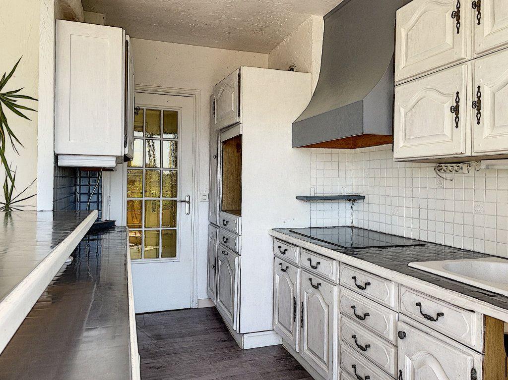 Appartement à vendre 4 91m2 à Cagnes-sur-Mer vignette-6