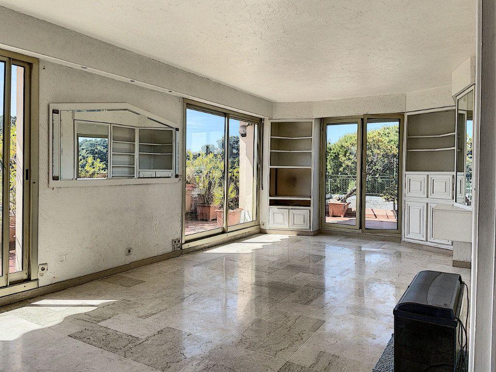 Appartement à vendre 4 91m2 à Cagnes-sur-Mer vignette-8