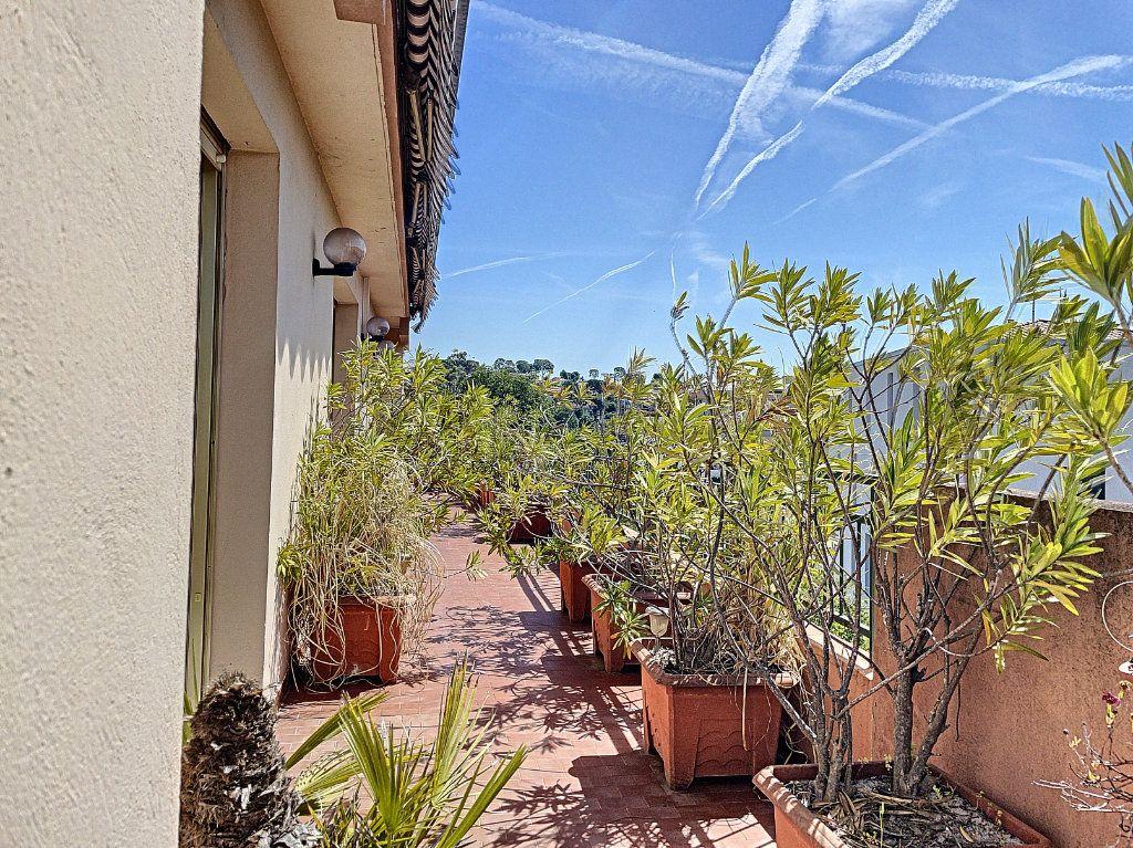 Appartement à vendre 4 91m2 à Cagnes-sur-Mer vignette-10