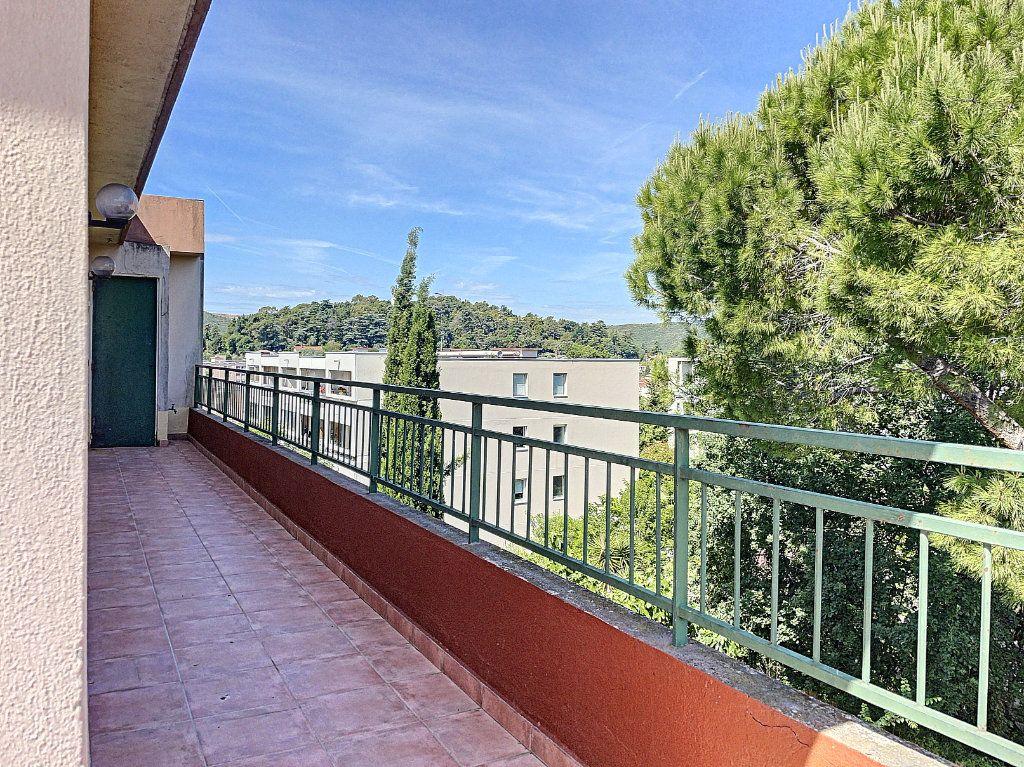 Appartement à vendre 4 91m2 à Cagnes-sur-Mer vignette-13