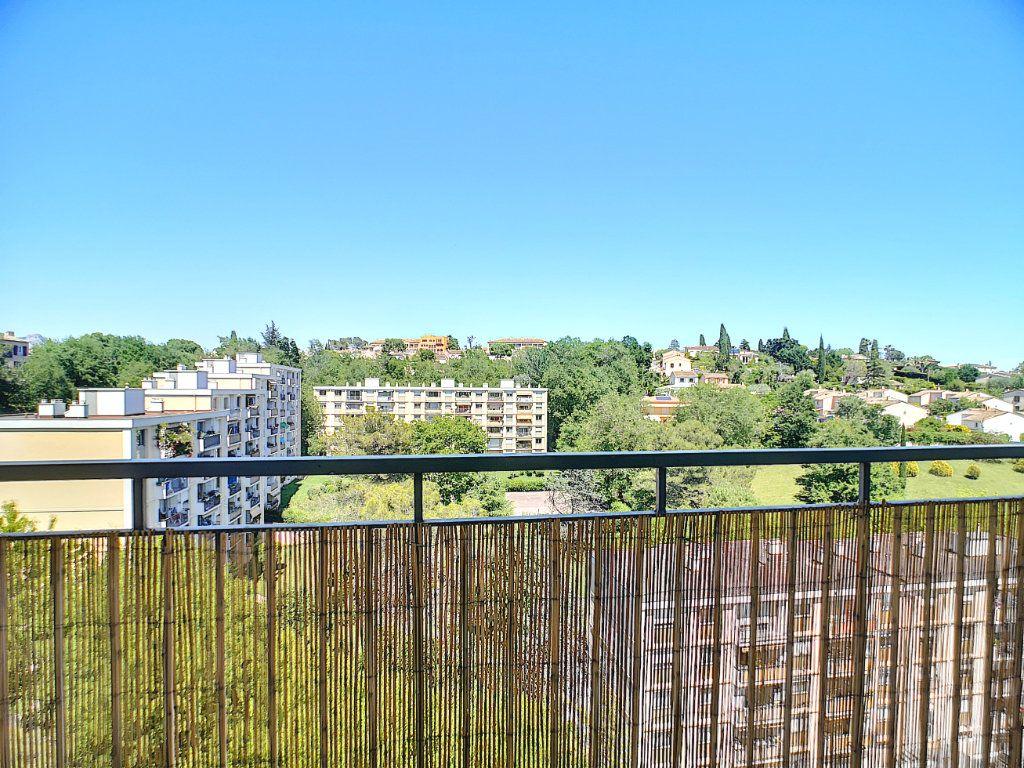 Appartement à vendre 3 63.15m2 à Villeneuve-Loubet vignette-3