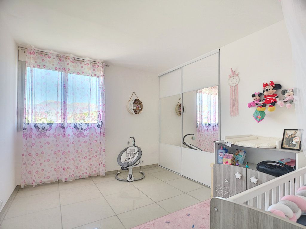 Appartement à vendre 3 63.15m2 à Villeneuve-Loubet vignette-7
