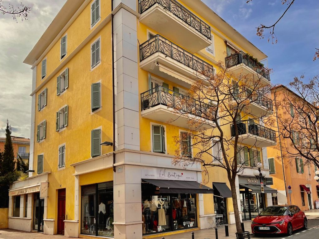 Appartement à vendre 2 41.66m2 à Cagnes-sur-Mer vignette-1