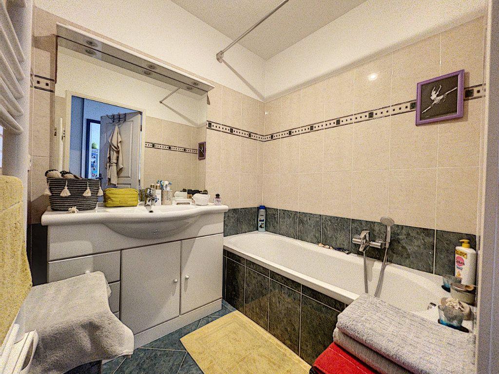 Appartement à vendre 2 41.66m2 à Cagnes-sur-Mer vignette-4