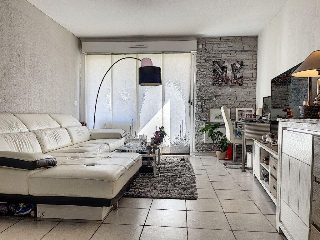 Appartement à vendre 2 41.66m2 à Cagnes-sur-Mer vignette-7
