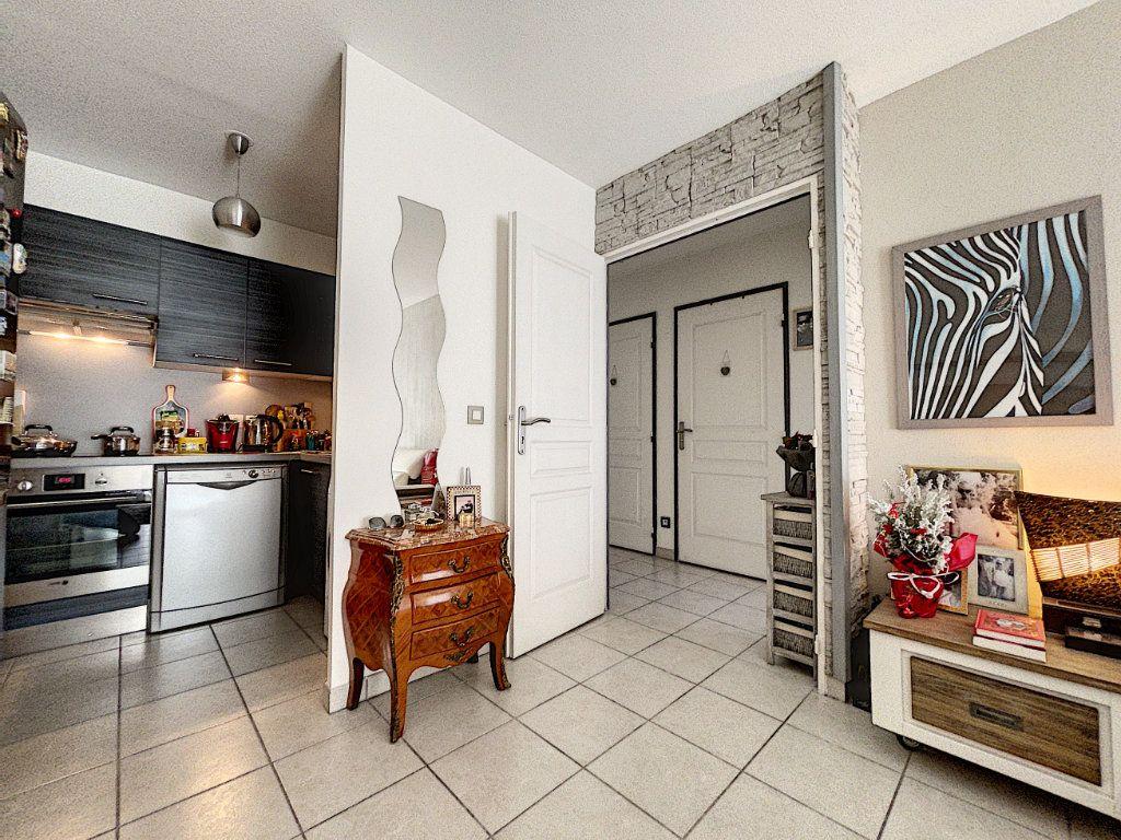Appartement à vendre 2 41.66m2 à Cagnes-sur-Mer vignette-8