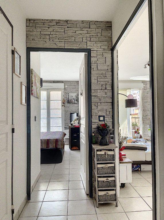 Appartement à vendre 2 41.66m2 à Cagnes-sur-Mer vignette-9