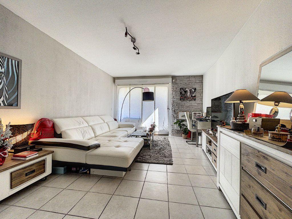 Appartement à vendre 2 41.66m2 à Cagnes-sur-Mer vignette-12