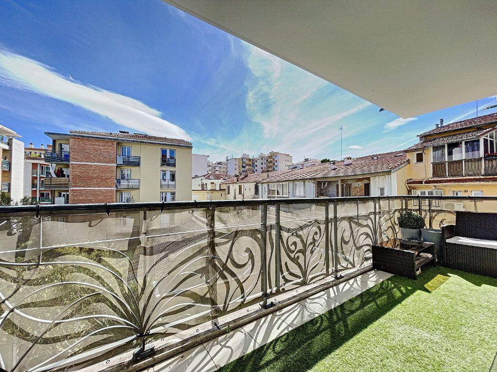 Appartement à vendre 2 41.66m2 à Cagnes-sur-Mer vignette-13