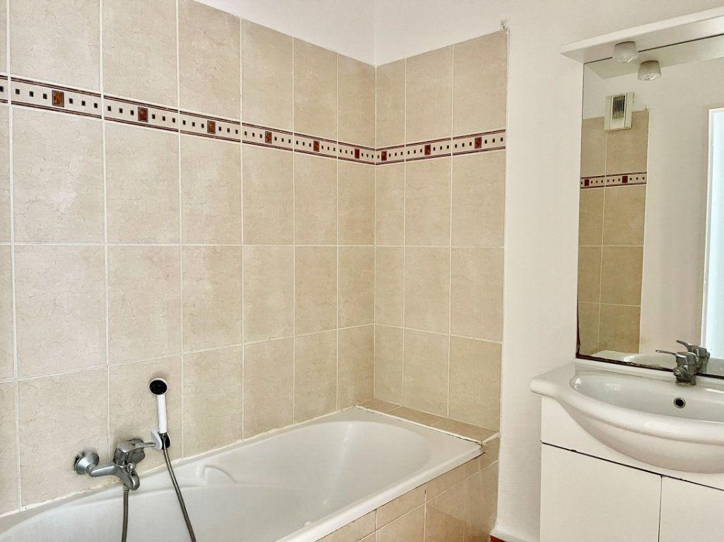 Appartement à vendre 2 50m2 à Cagnes-sur-Mer vignette-6