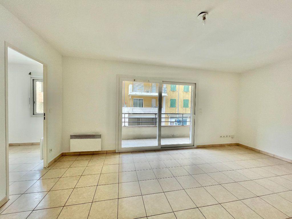 Appartement à vendre 2 50m2 à Cagnes-sur-Mer vignette-7