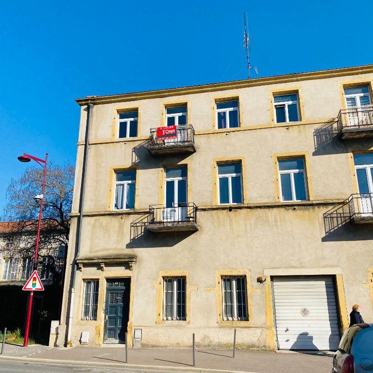 Appartement à louer 2 54.54m2 à Moulins-lès-Metz vignette-3