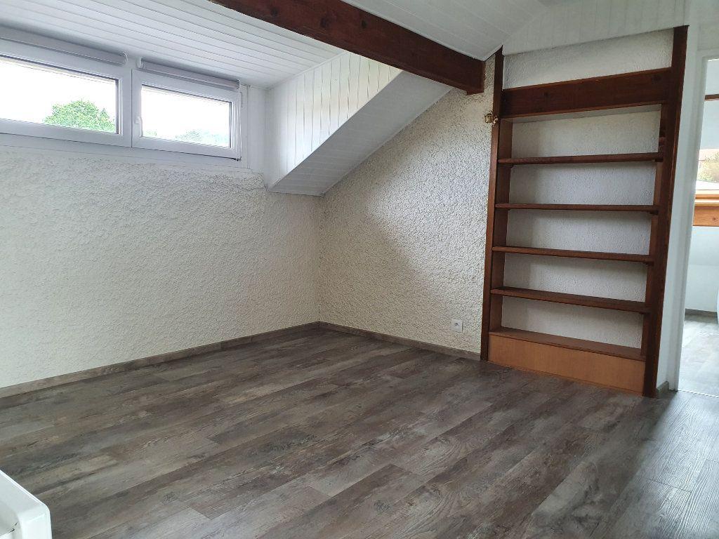 Appartement à louer 3 32.48m2 à Longeville-lès-Metz vignette-2