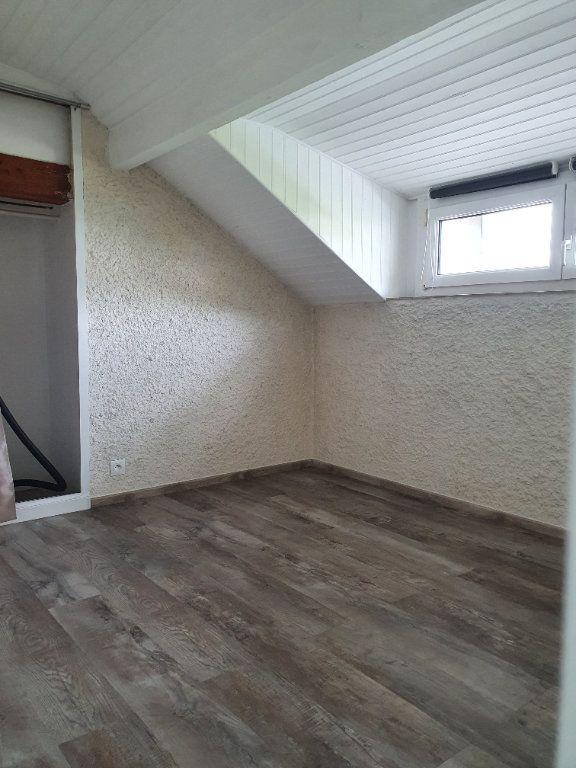 Appartement à louer 3 32.48m2 à Longeville-lès-Metz vignette-3