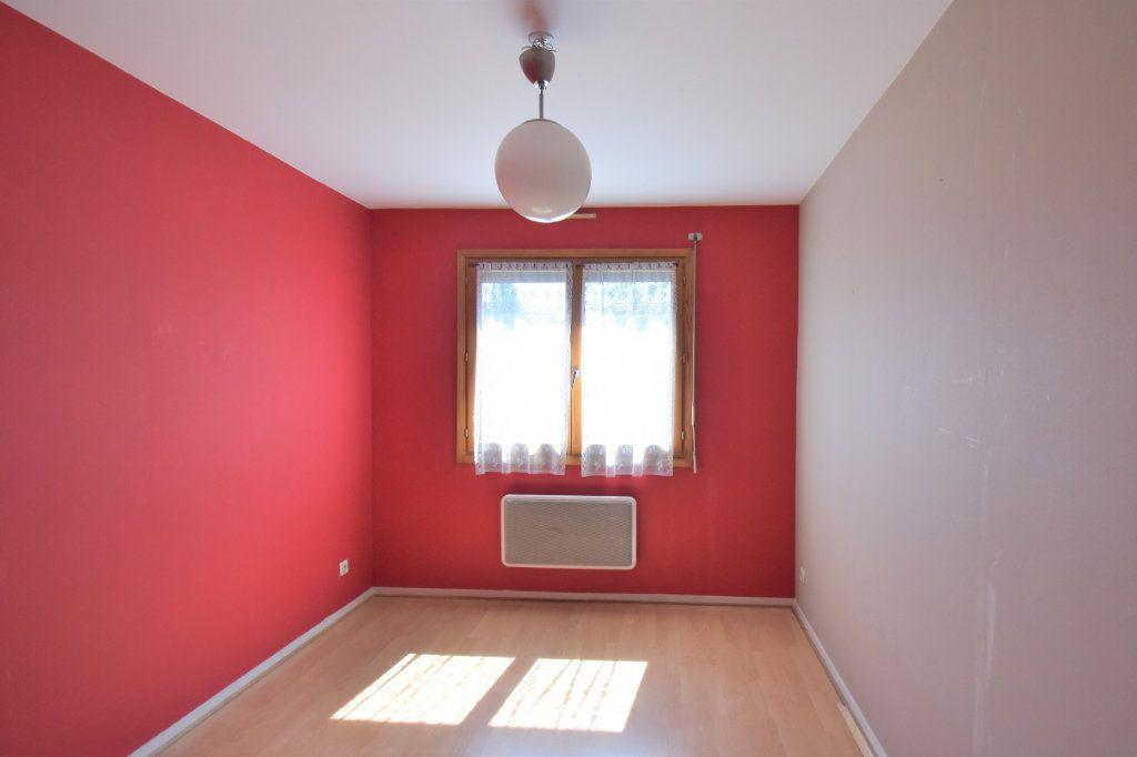 Appartement à louer 4 74.34m2 à Lyon 3 vignette-7