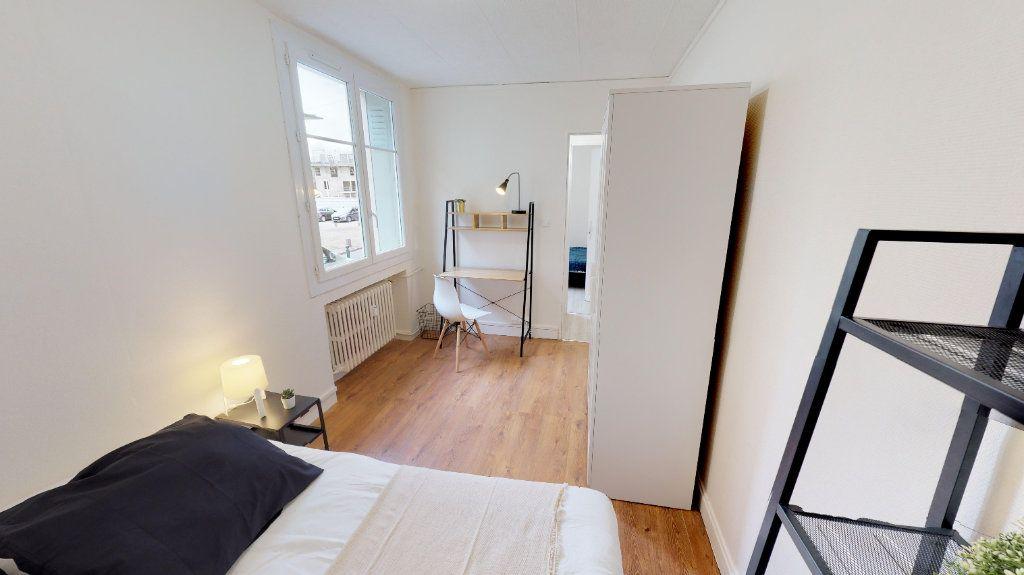 Appartement à vendre 4 49m2 à Lyon 8 vignette-5