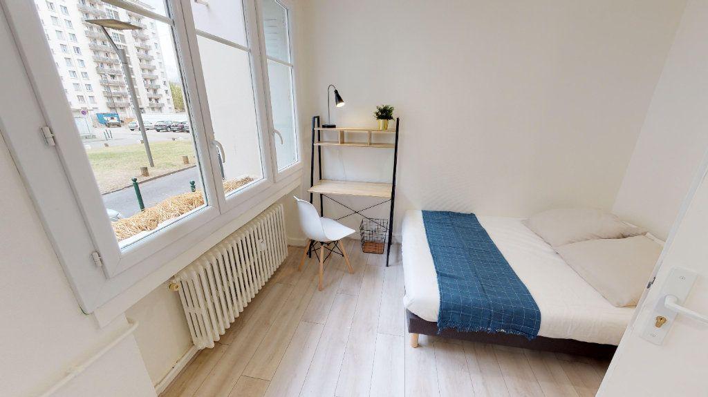 Appartement à vendre 4 49m2 à Lyon 8 vignette-6