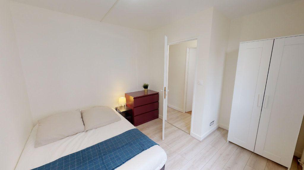 Appartement à vendre 4 49m2 à Lyon 8 vignette-7