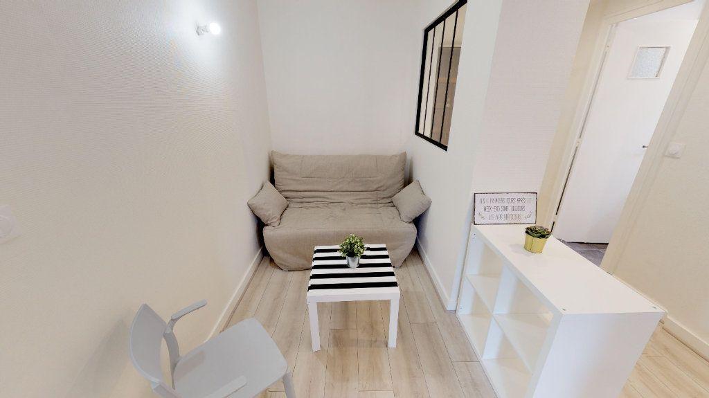 Appartement à vendre 4 49m2 à Lyon 8 vignette-9