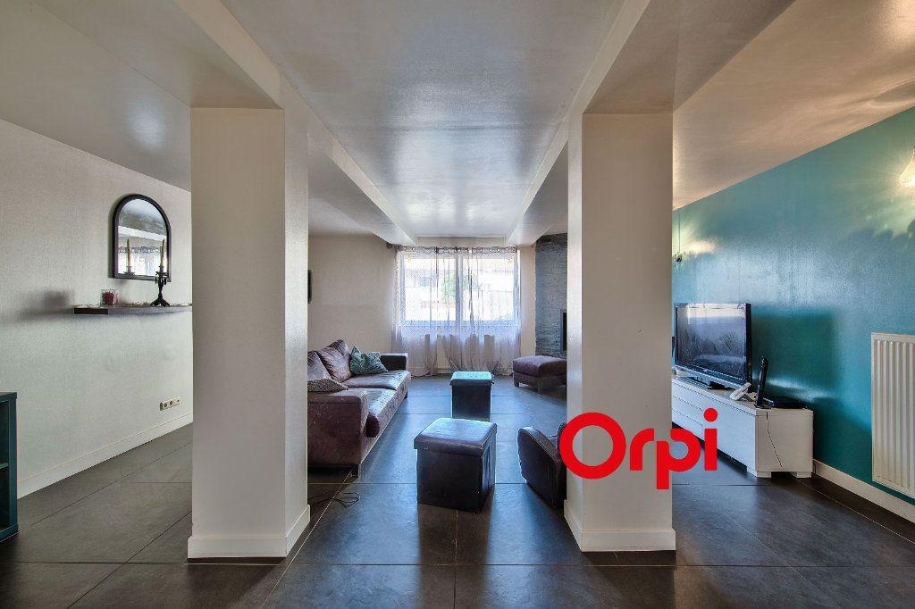 Maison à vendre 5 185m2 à Monthieux vignette-9