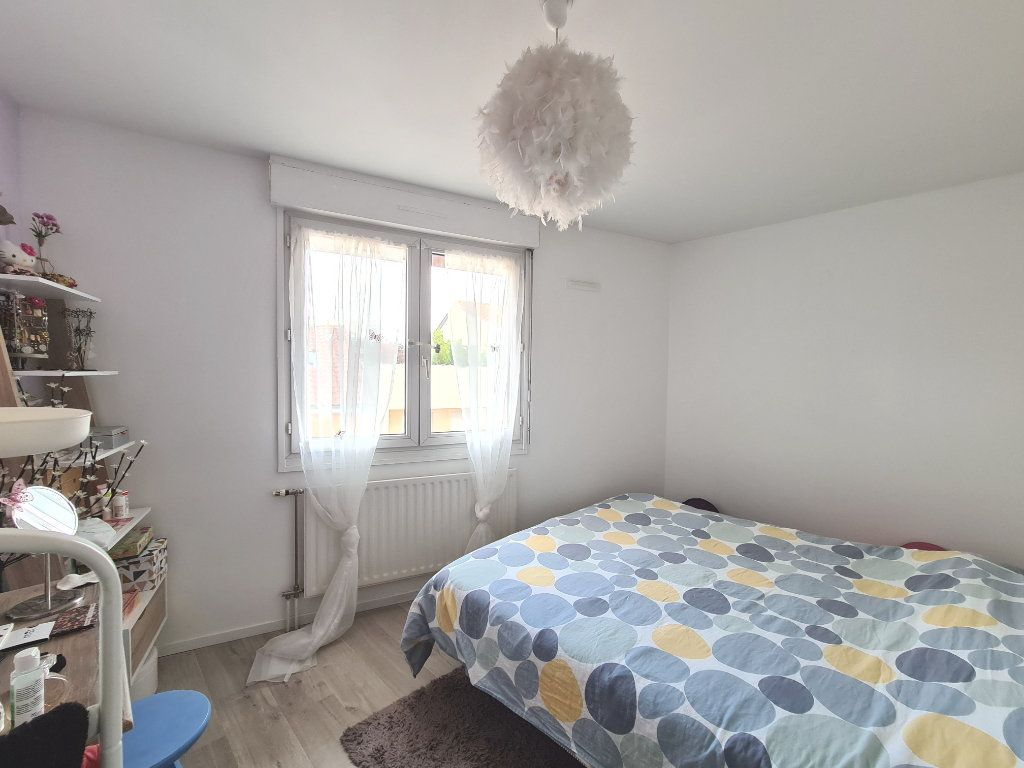 Appartement à vendre 4 80.18m2 à Lyon 3 vignette-8